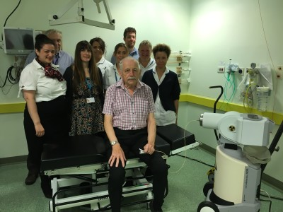 Patient Peter Walmsley with the team who carried out his brachytherapy treatment.